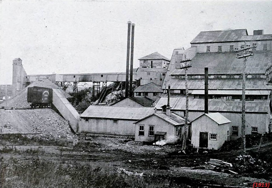 1913 McKinley-Darragh mill and shaft house